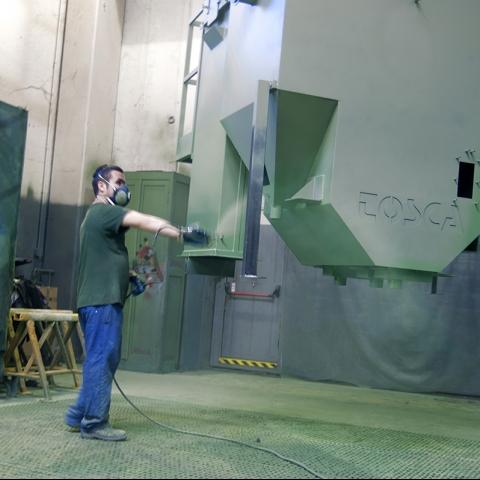 Lavorazione meccanica, montaggio e verniciatura-2