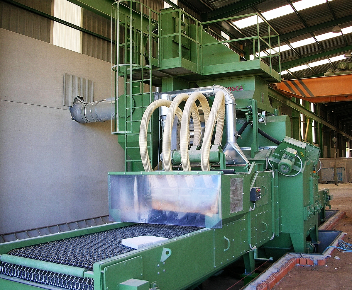 Shotblasting Machines With Netting Conveyor For Cement